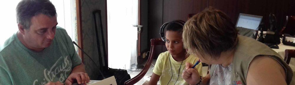 revisión auditiva a niños saharauis