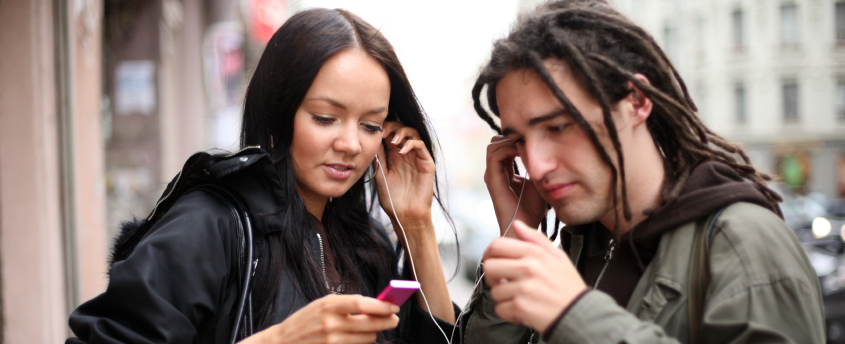 salud auditiva jovenes